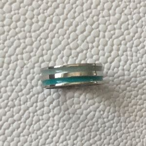 Jewelry - Costume Ring. Size 8